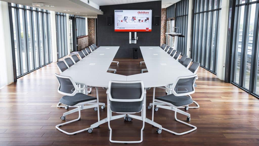L'équipement d'une salle de réunion